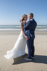 bruiloft-strand-verliefd