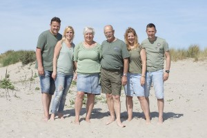 grootouders-kinderen-strand